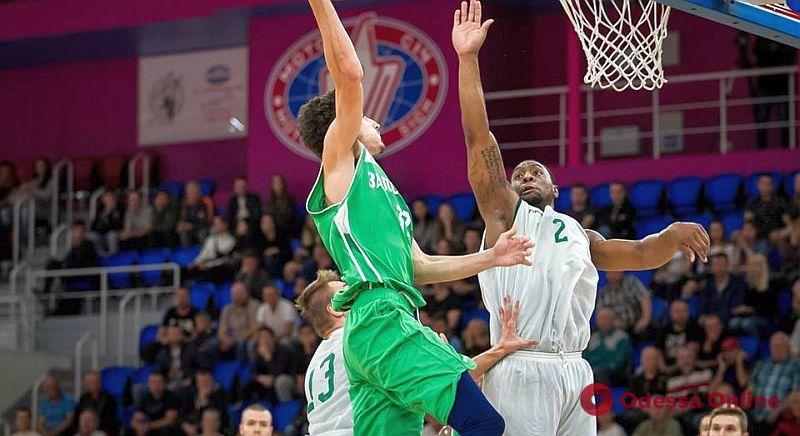 Одесские баскетболисты выиграли второй предсезонный турнир нынешней осенью