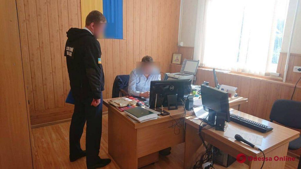 Одесская область: главе райсуда, который попался на взятке, сообщили о подозрении