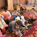 В Одесской области молодожены осчастливили воспитанников детдома