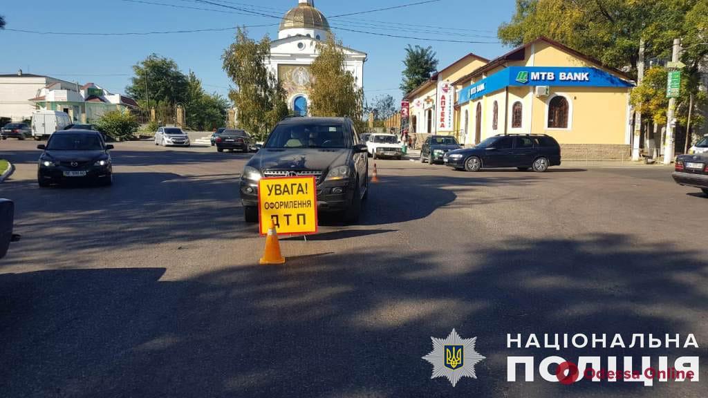 В Одесской области под машину попали два пешехода