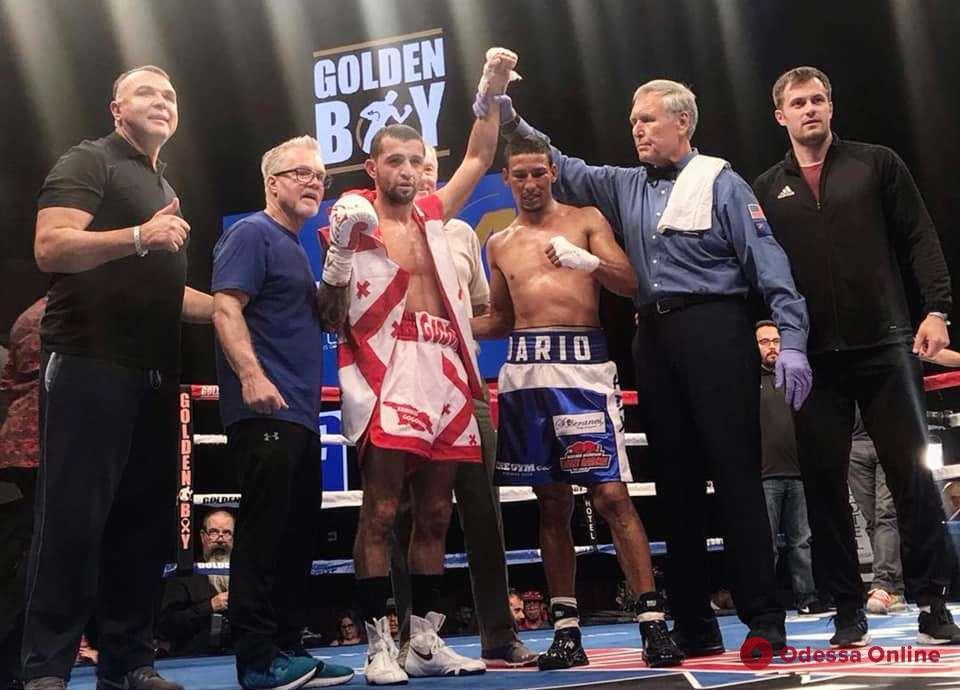 Одесский боксер досрочно победил мексиканца в Лас-Вегасе