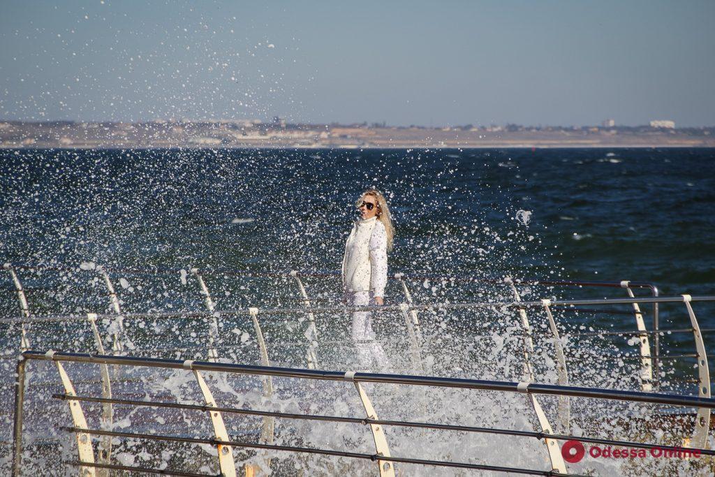 Лето не хочет уходить из Одессы (фоторепортаж)