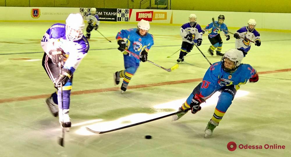Одесские хоккеисты примут во Дворце спорта ХК «Донбасс»