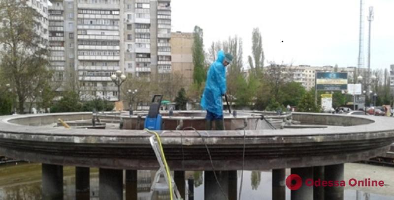В Одессе приступили к консервации фонтанов