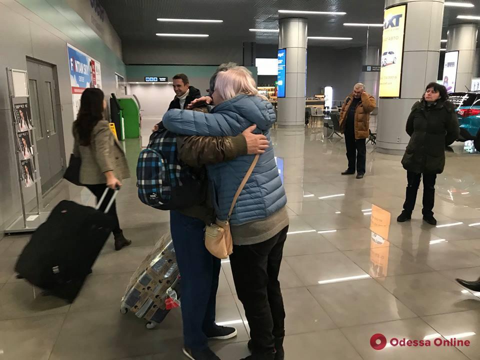 Еще трое одесских моряков вернулись домой из греческого плена