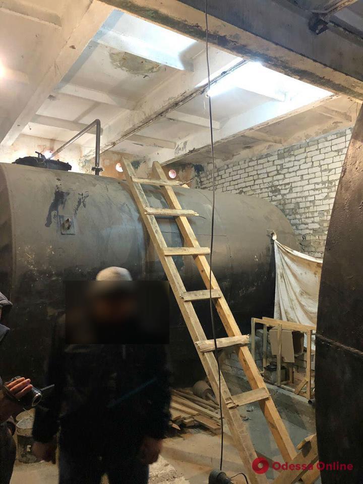 В Одессе обнаружили подпольный склад дизтоплива