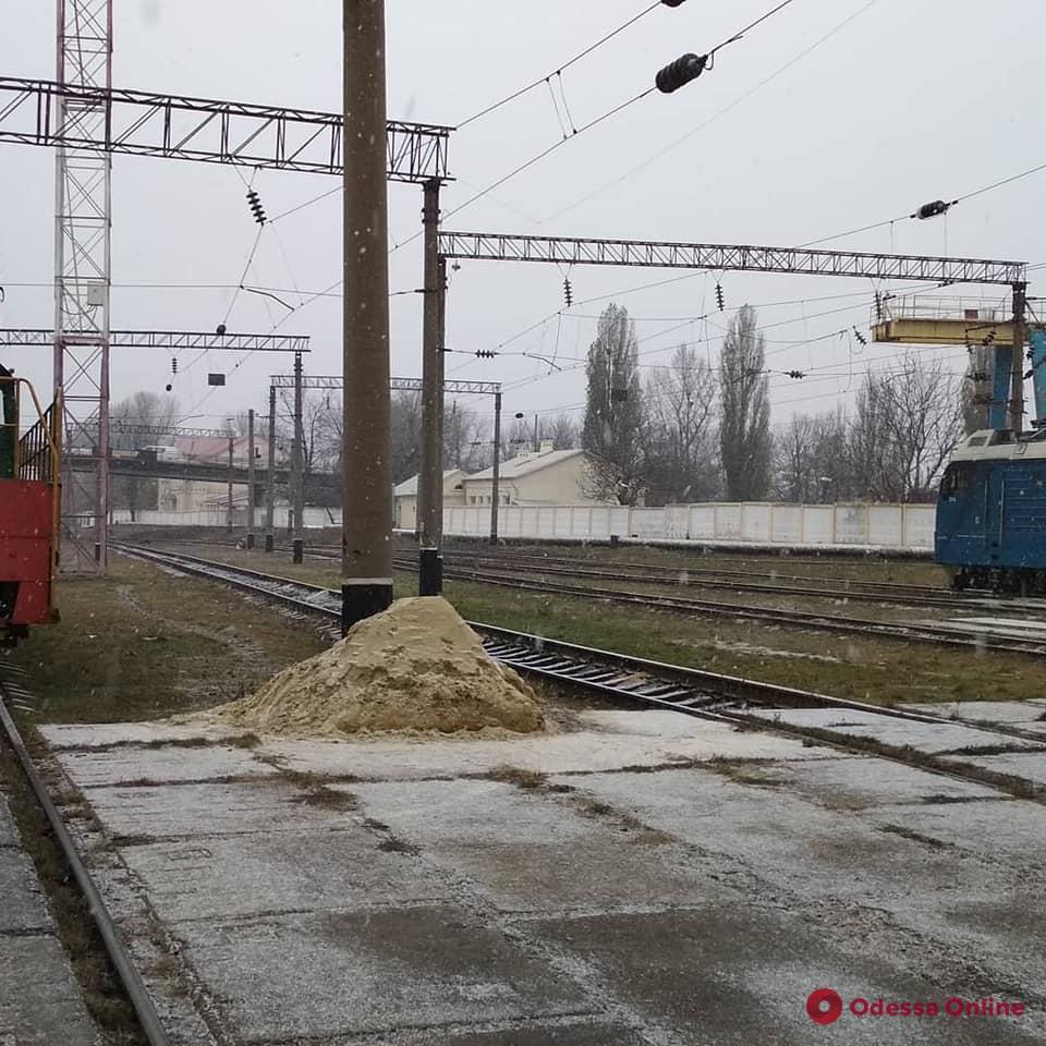 Жители северных районов Одесской области радуются первому снегу