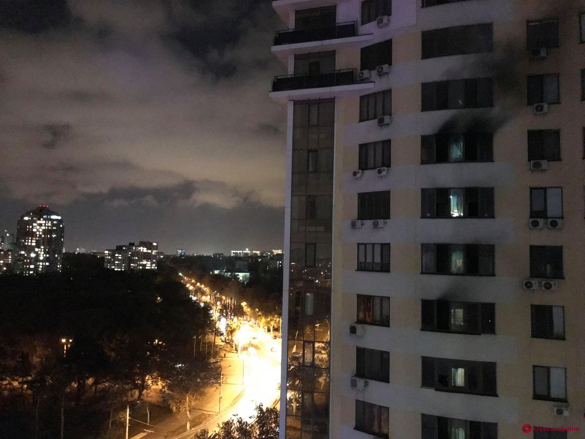 Горящую высотку на проспекте Шевченко потушили. Есть пострадавшие