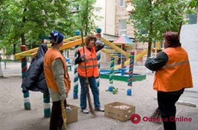 Одесские коммунальщики просят повысить тариф на уборку территории для предпринимателей