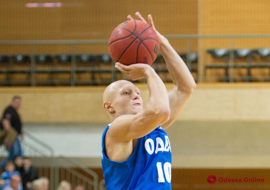 Отзаявленный из БК «Одесса» баскетболист – откровенно о разрыве контракта и одесских болельщиках