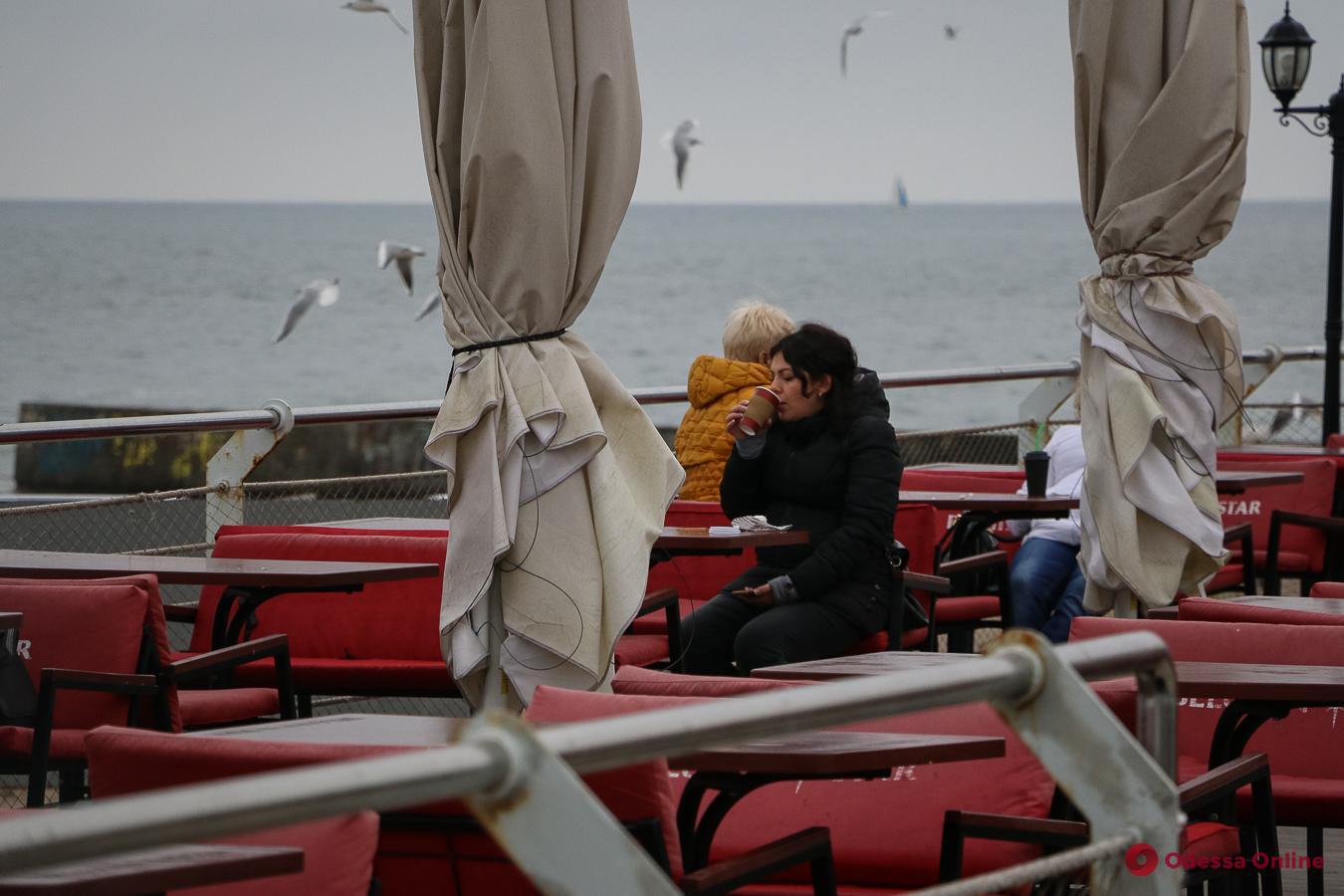 Холодно и красиво: Одесса, ноябрь, море (фоторепортаж)