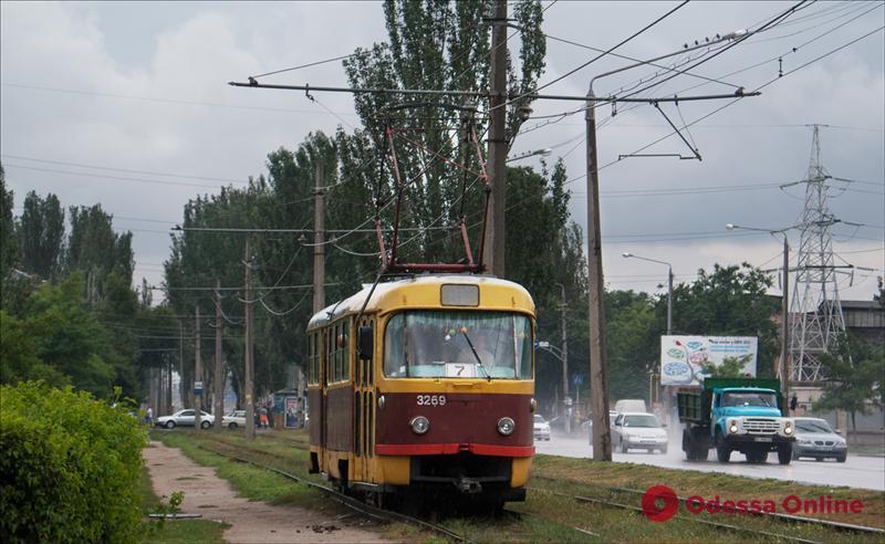 «Одесгорэлектротранс» спишет 64 старых трамвая и троллейбуса
