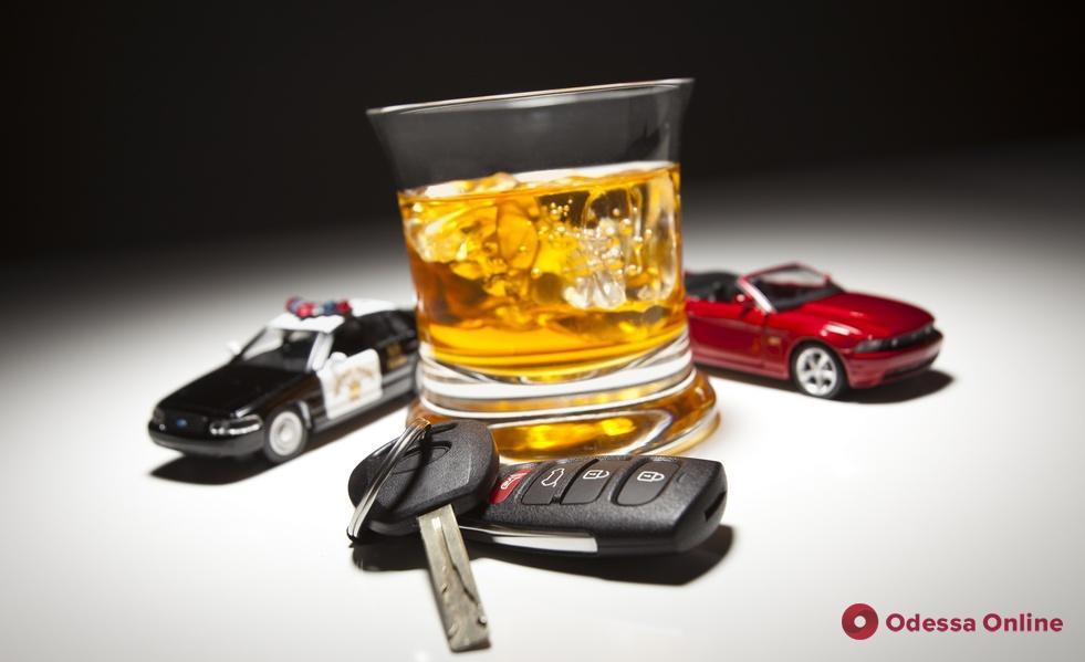 За ночь одесские патрульные поймали 18 пьяных водителей