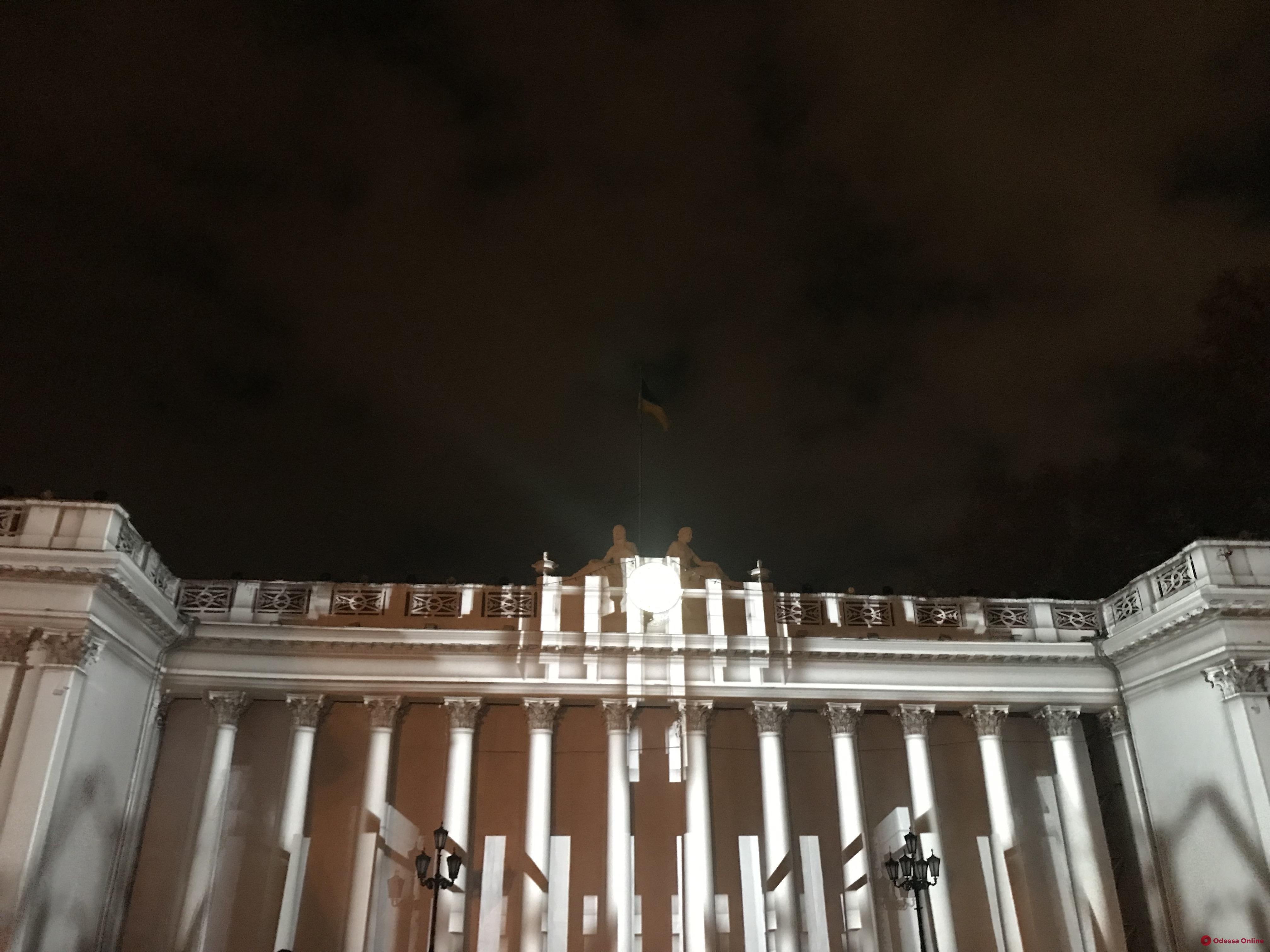 Самые яркие моменты закрытия фестиваля света в Одессе (видео)