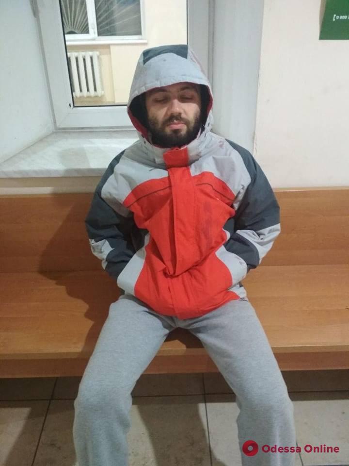 В Одессе сын покалечил мать