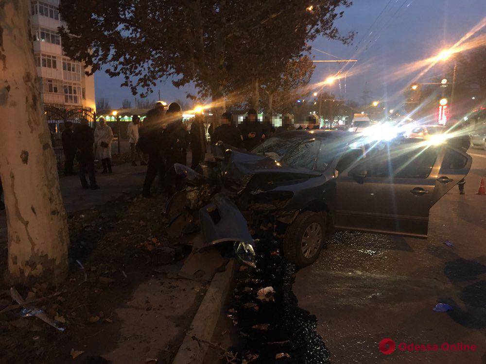 В Одессе столкнулись Skoda и Ford: есть пострадавшие