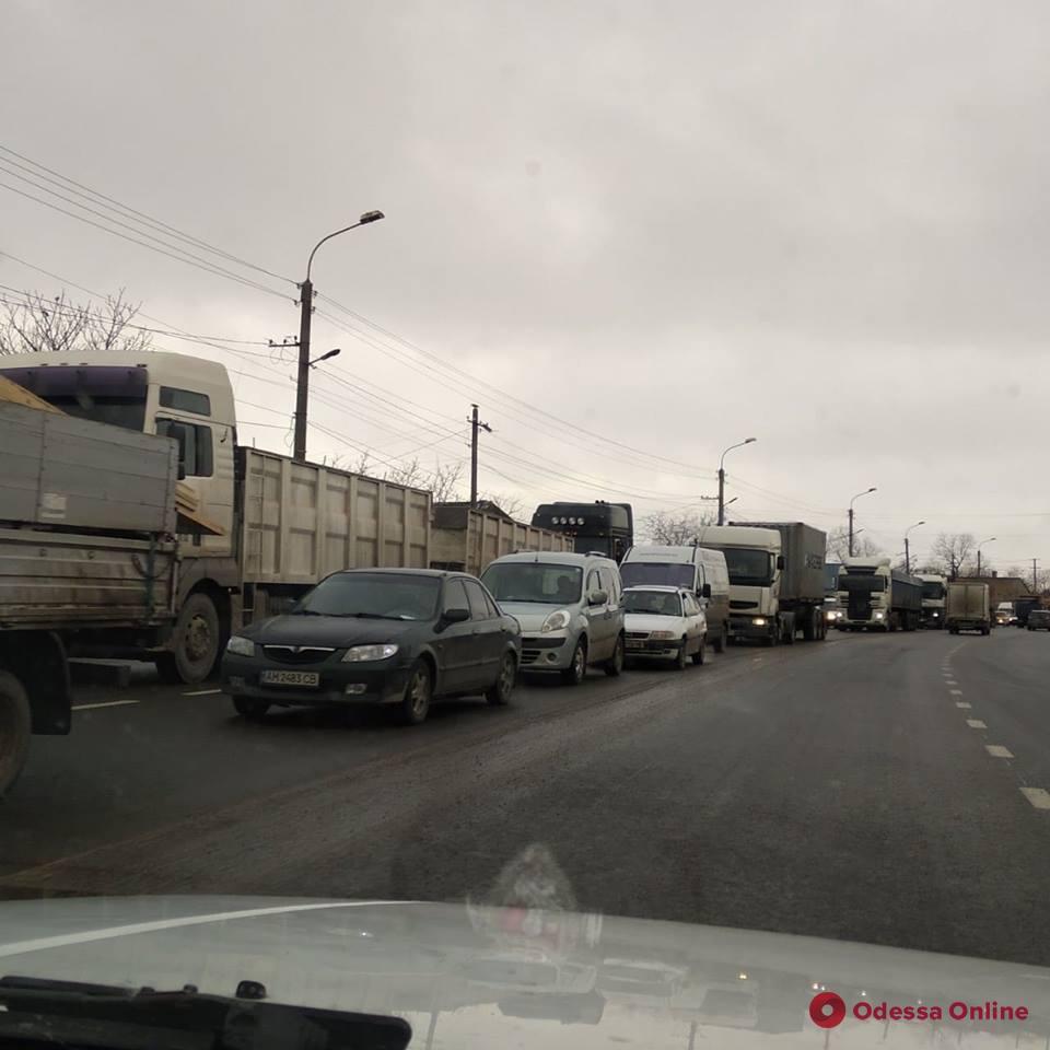 Из-за ДТП на Объездной дороге образовалась пробка