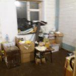 Одесса: нелегалы в антисанитарных условиях готовят продукты для точек по продаже шаурмы