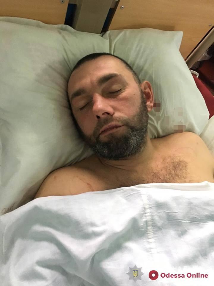 В одесскую больницу доставили мужчину в коме: полиция ищет его родственников