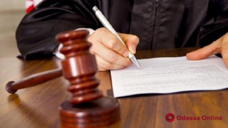Суд отправил домой виновника смертельной аварии на трассе Киев—Одесса