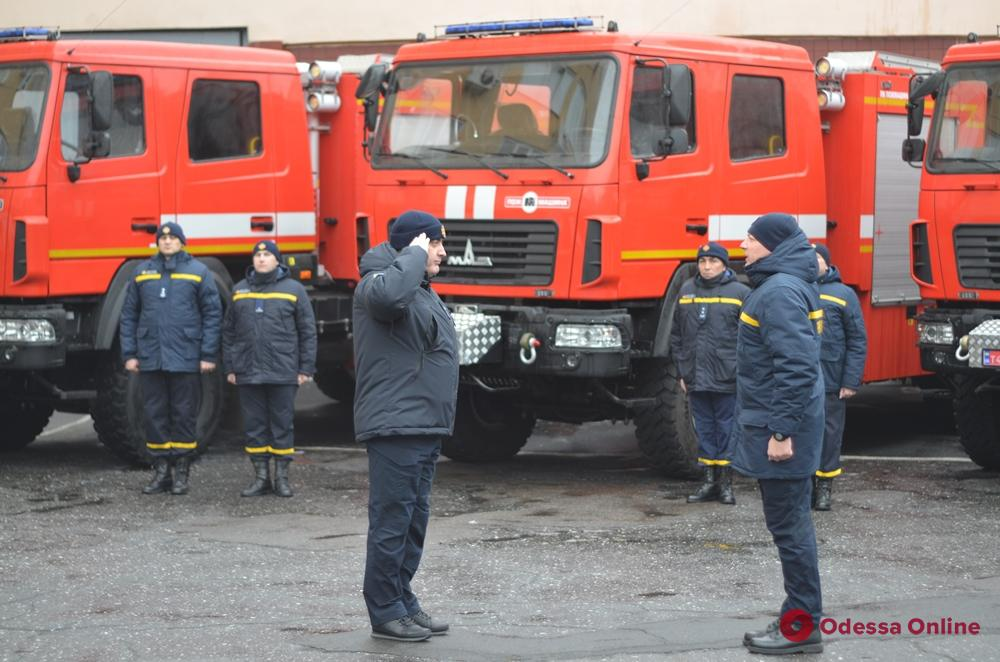 Одесские спасатели получили новые пожарные машины