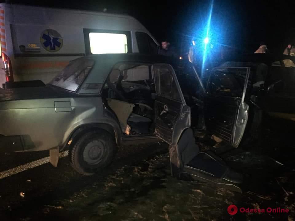 Смертельное ДТП под Одессой: два человека погибли, четыре — в больнице