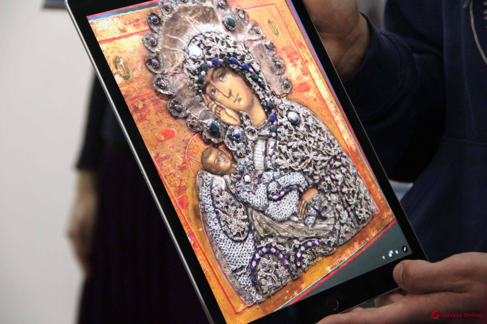 В одесском музее показали 3D модели редких экспонатов (фото)