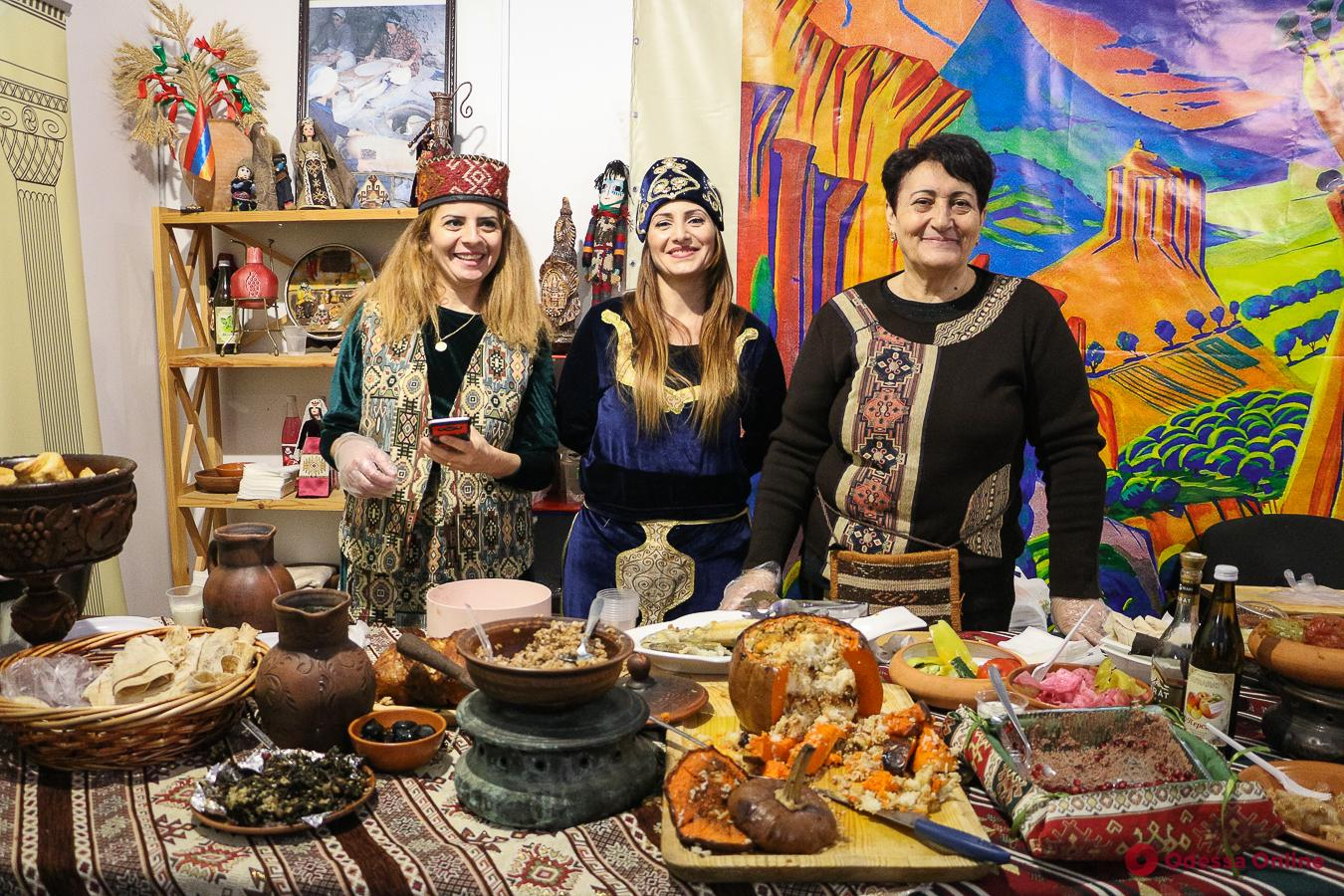 В Одессе прошла благотворительная дипломатическая ярмарка (фото)