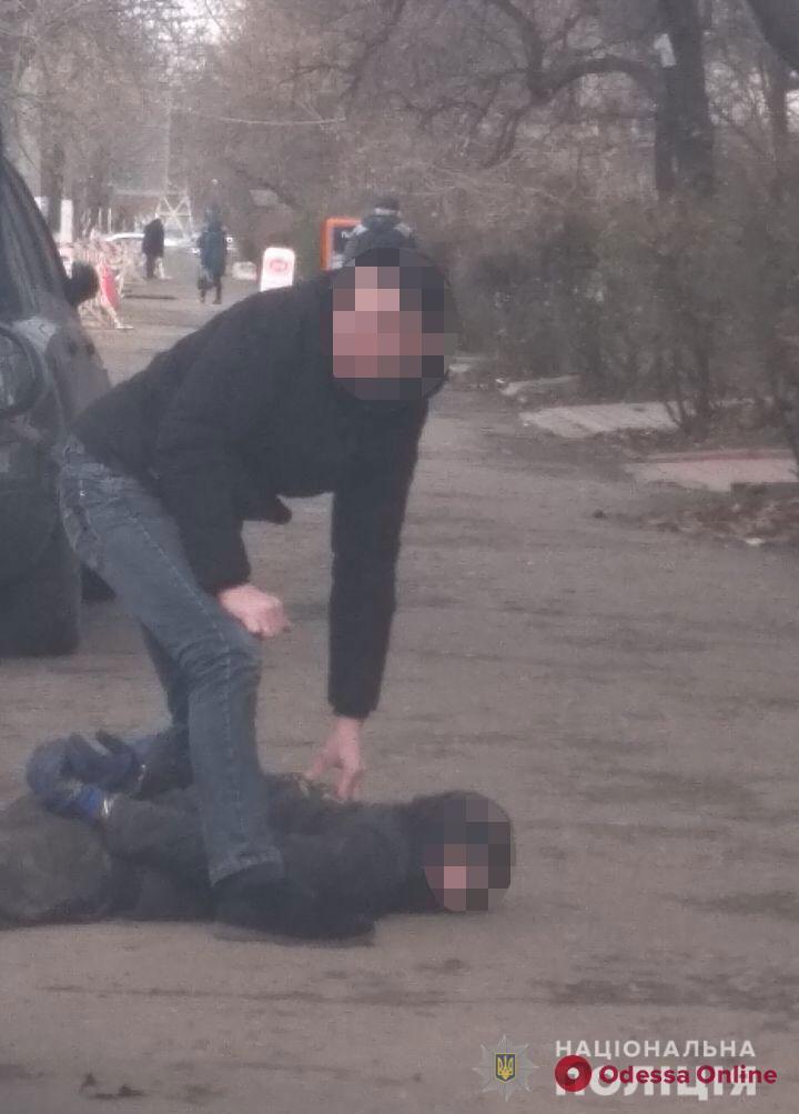 Год скрывались от правосудия: в Одесской области поймали «криминальных братьев»