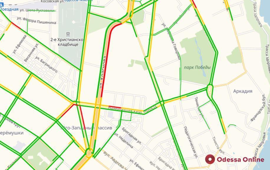 Дорожная обстановка в Одессе: пробки во всех районах города