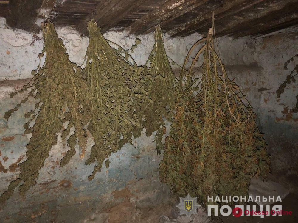 У жителя Усатово нашли пять килограммов наркотиков