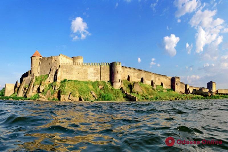 Реставраторы Аккерманской крепости освоили почти 100 тысяч гривен