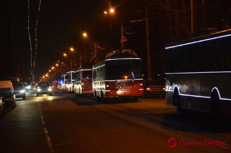В новогоднюю ночь общественный транспорт в Одессе будет работать до раннего утра