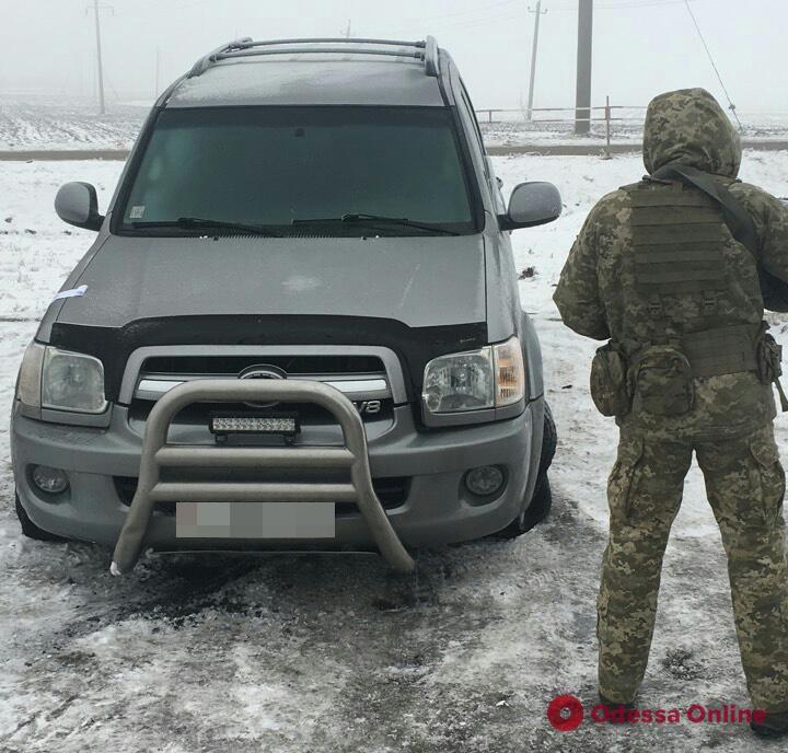 В Одесской области водитель внедорожника устроил опасные гонки с пограничниками