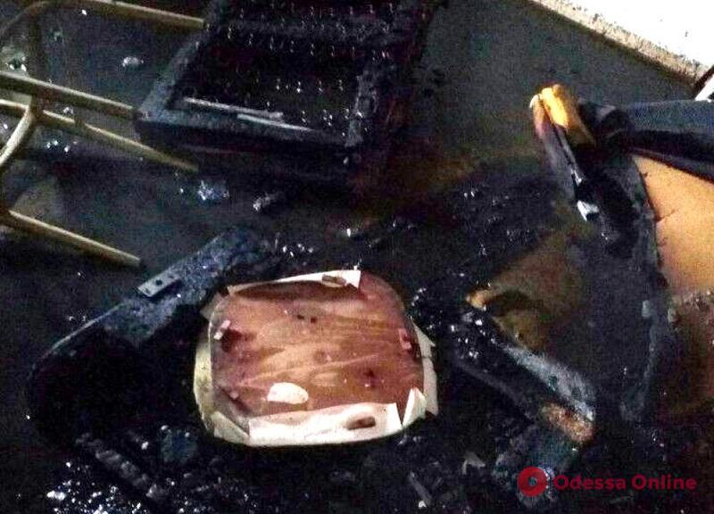 Одесситка серьезно пострадала при пожаре на поселке Котовского