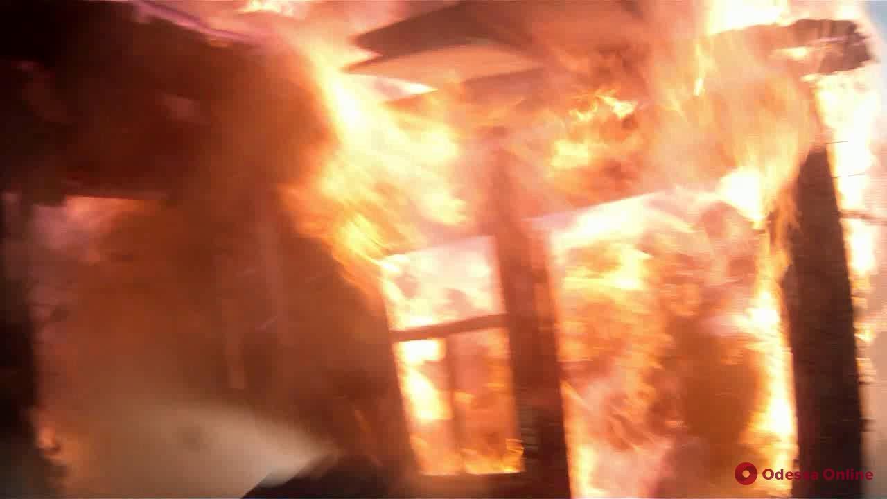 Погубила сигарета: житель Одесской области погиб при пожаре