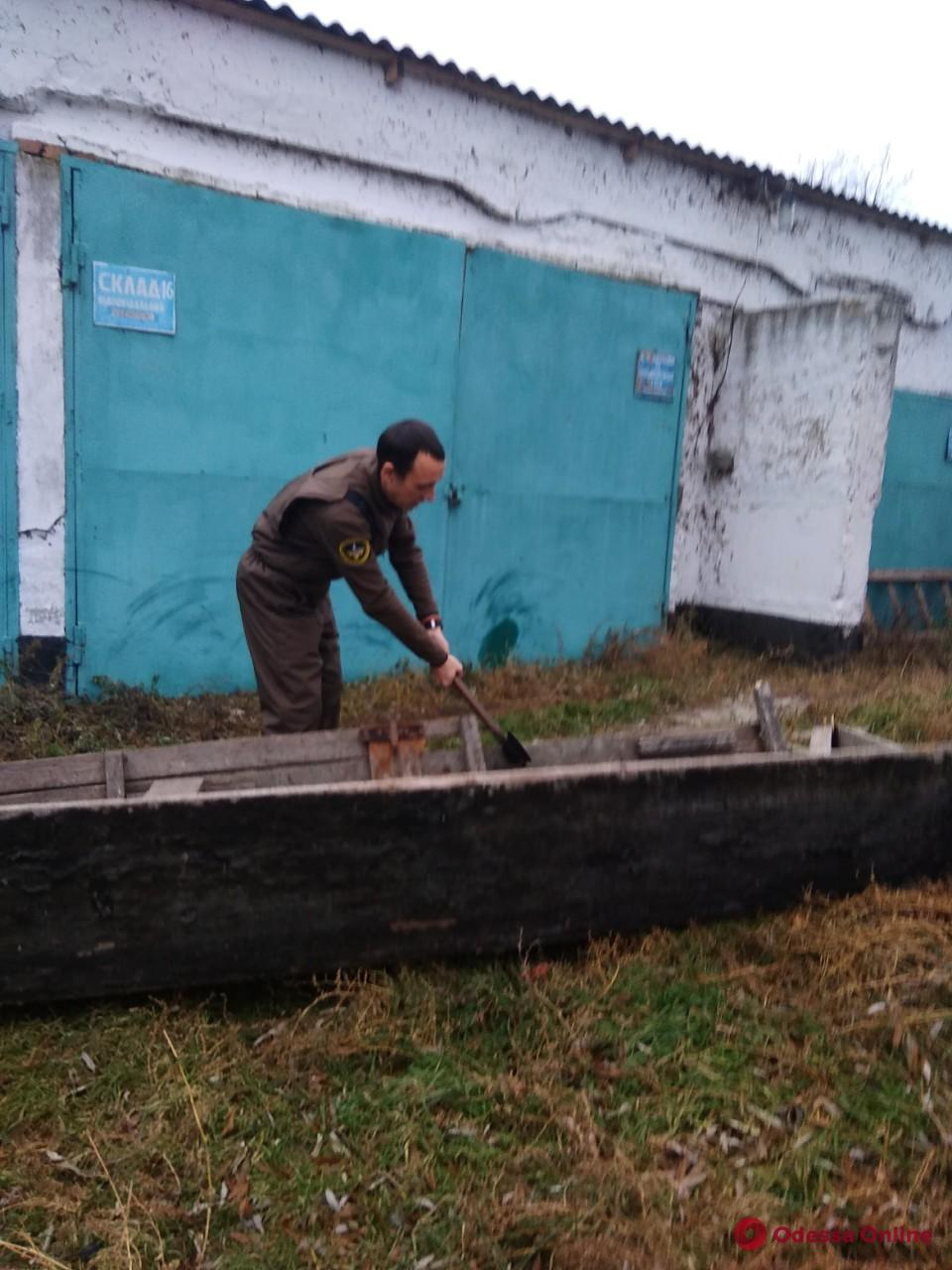 Одесский рыбоохранный патруль уничтожил более 500 запрещенных орудий лова