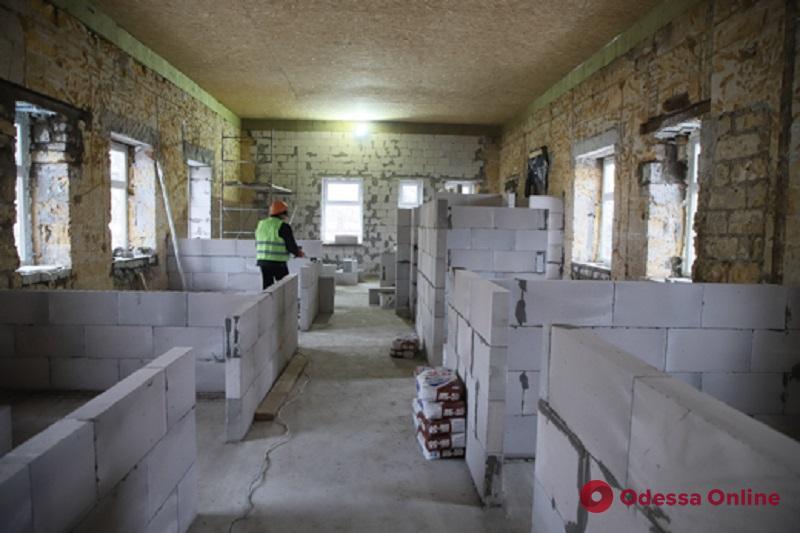 В Одессе продолжается комплексная реконструкция инфекционной больницы
