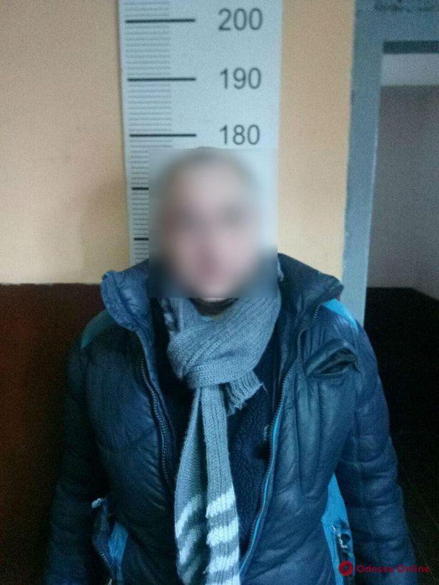 В Одессе военнослужащий задержал грабителя