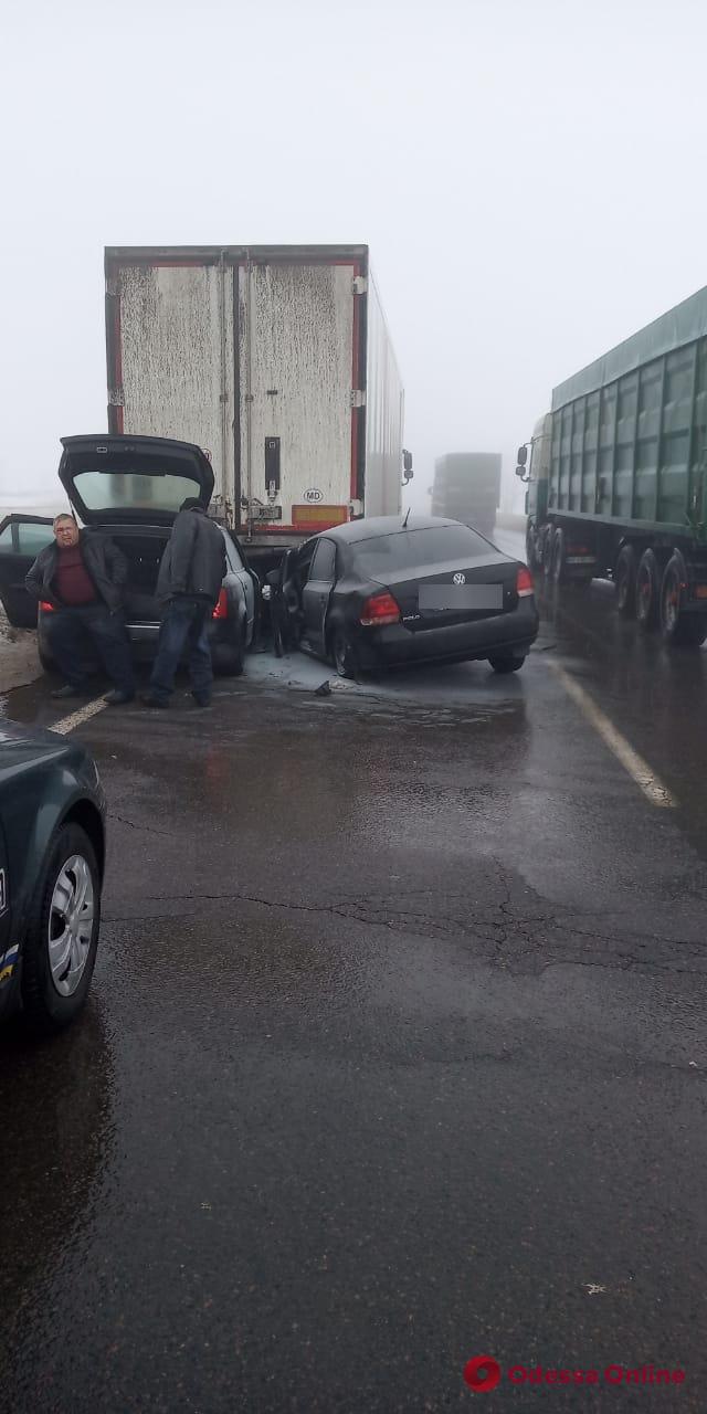 На трассе Киев-Одесса из-за тумана произошло ДТП — есть пострадавшие