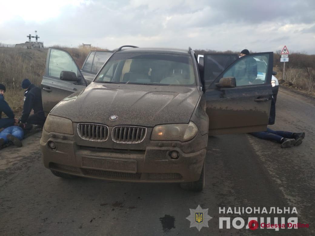 В Одесской области полицейские задержали трех вымогателей