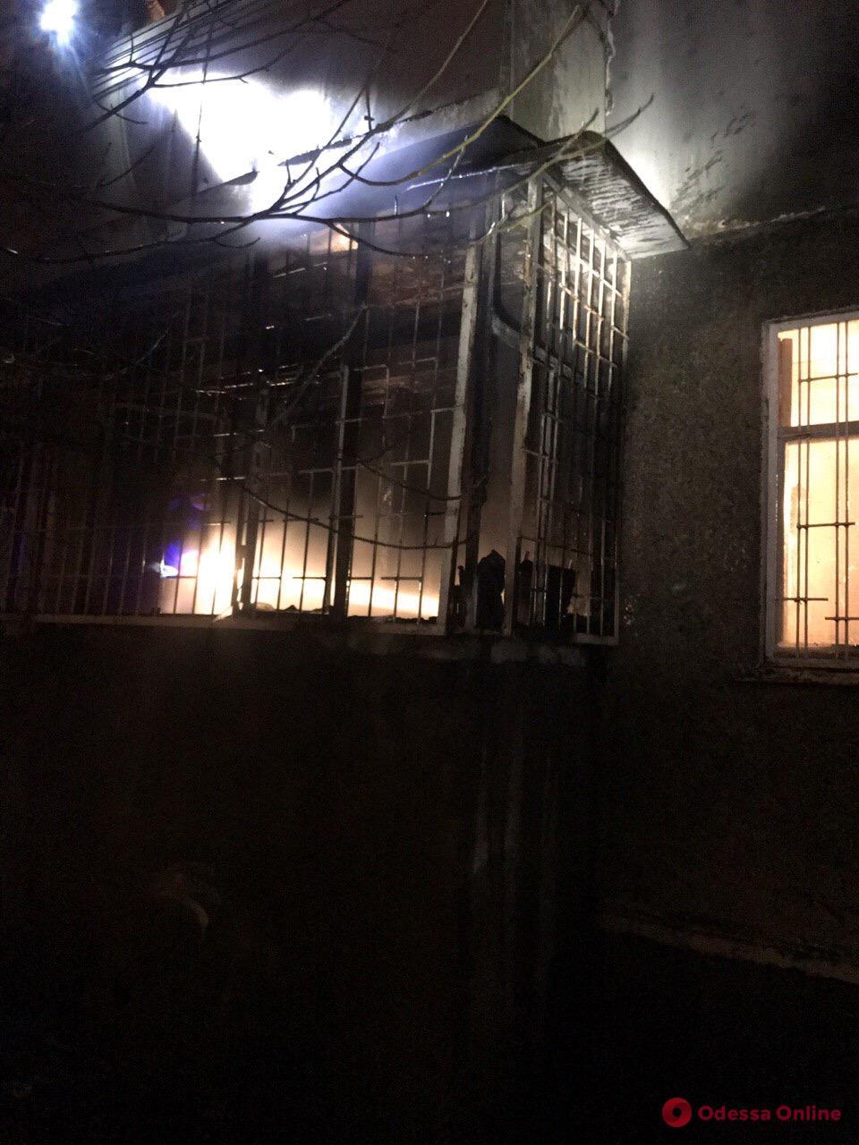 Одесса: на Таирова горела пятиэтажка