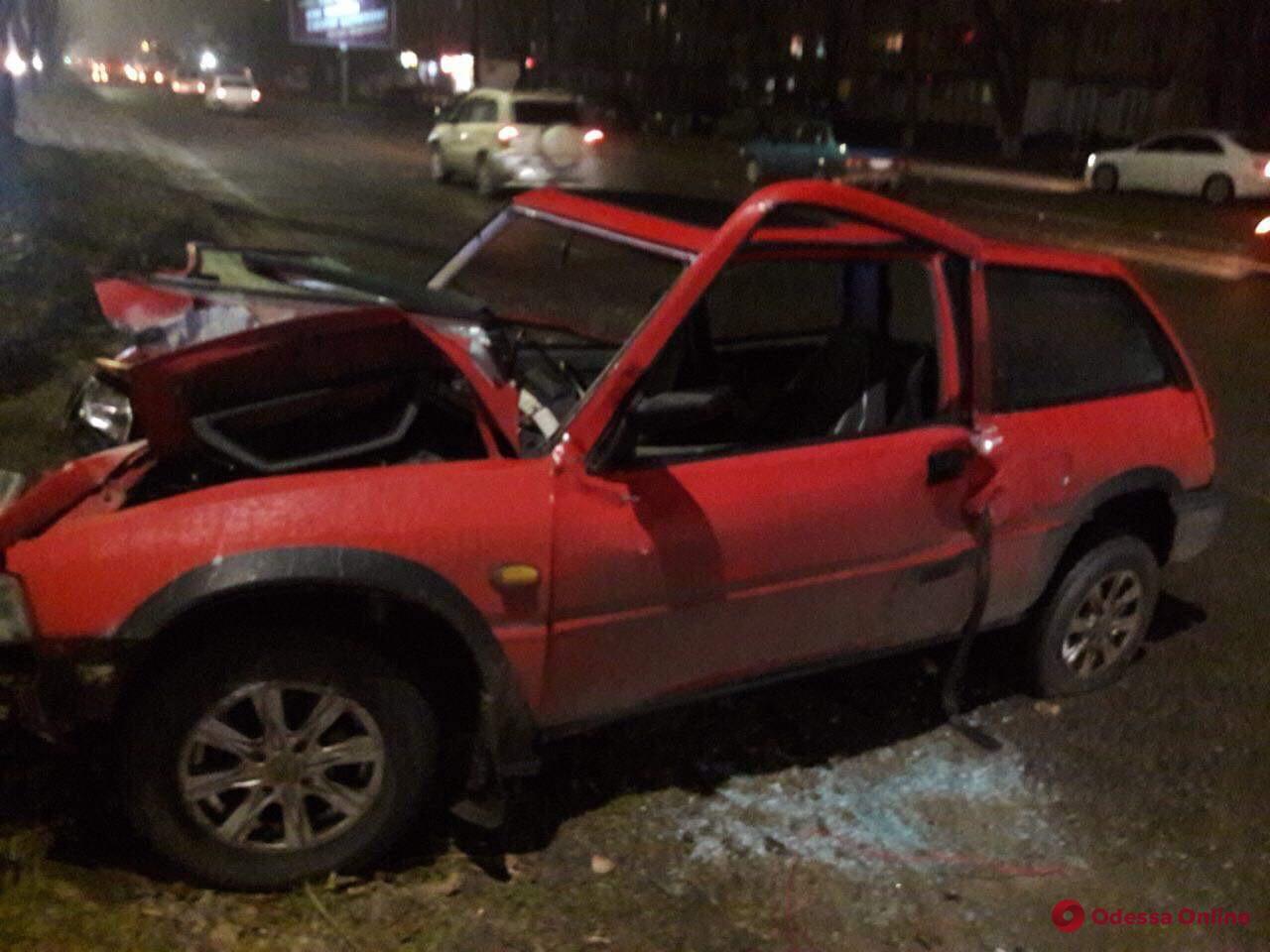 Скользкая дорога: за вечер в Одессе произошло больше 30 ДТП