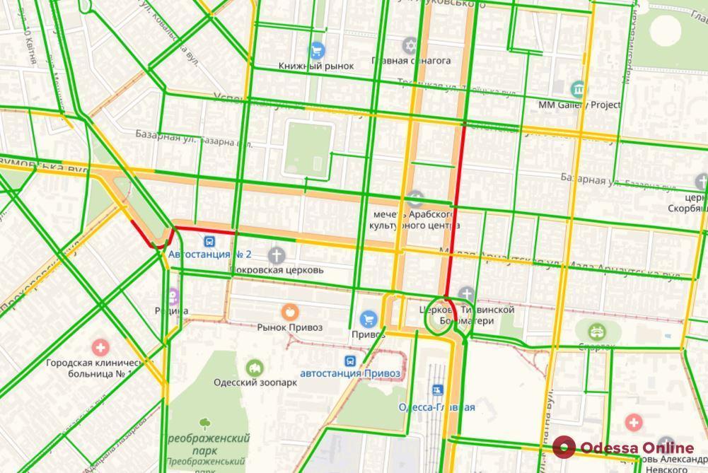 Дорожная обстановка в Одессе: пробки в центре и на Таирова