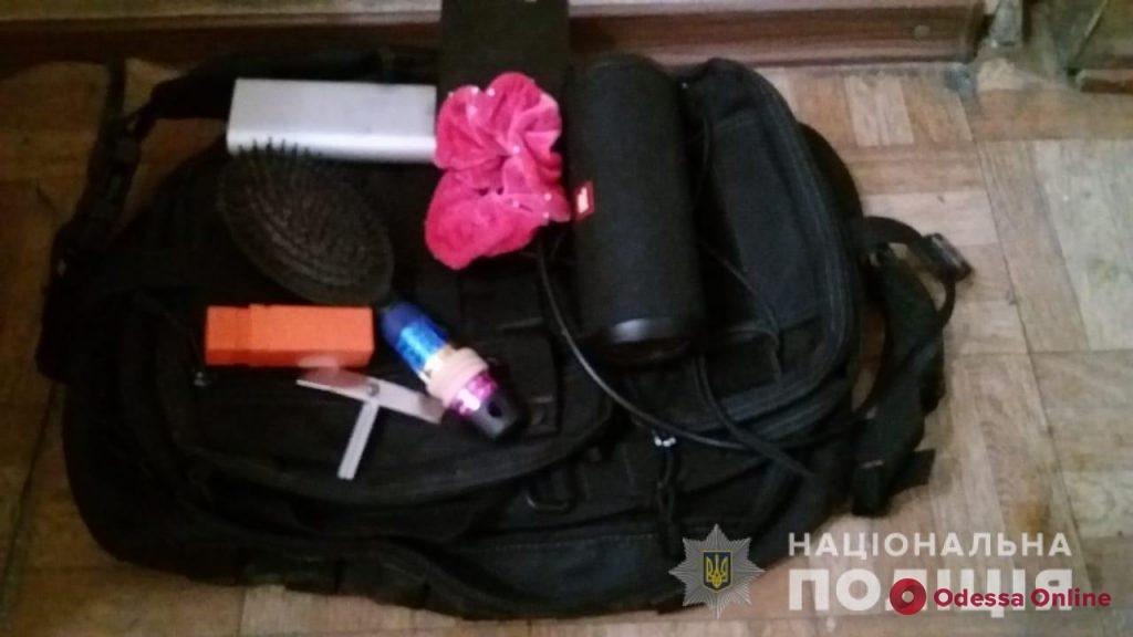 В Одессе на горячем поймали 18-летнего вора-домушника