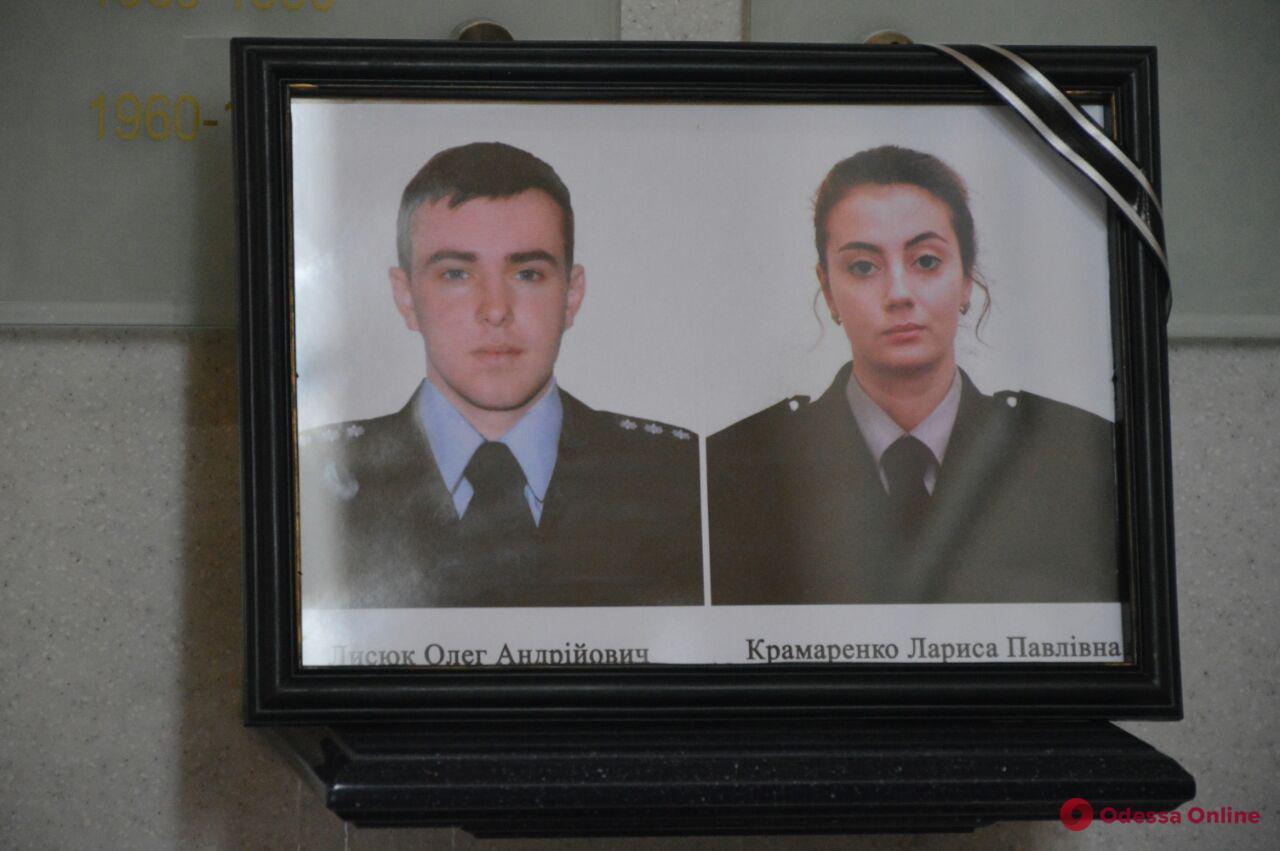 В Овидиопольском районе объявили траур по погибшим в ДТП полицейским