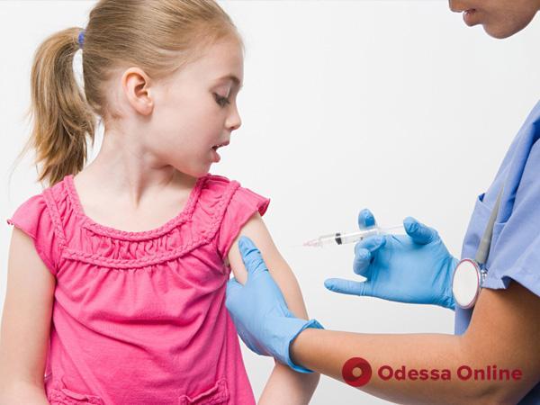 Одесская область: непривитых детей к занятиям будут допускать по решению врачебно-консультативной комиссии