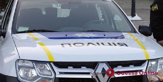 В Одессе на парковке полицейский Renault Duster въехал в Ford