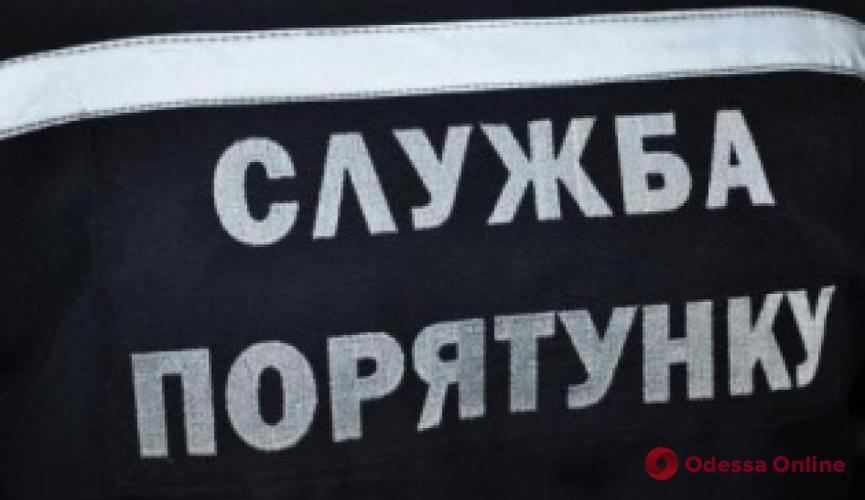 Одесская область: за сутки спасатели вытащили 27 застрявших грузовиков