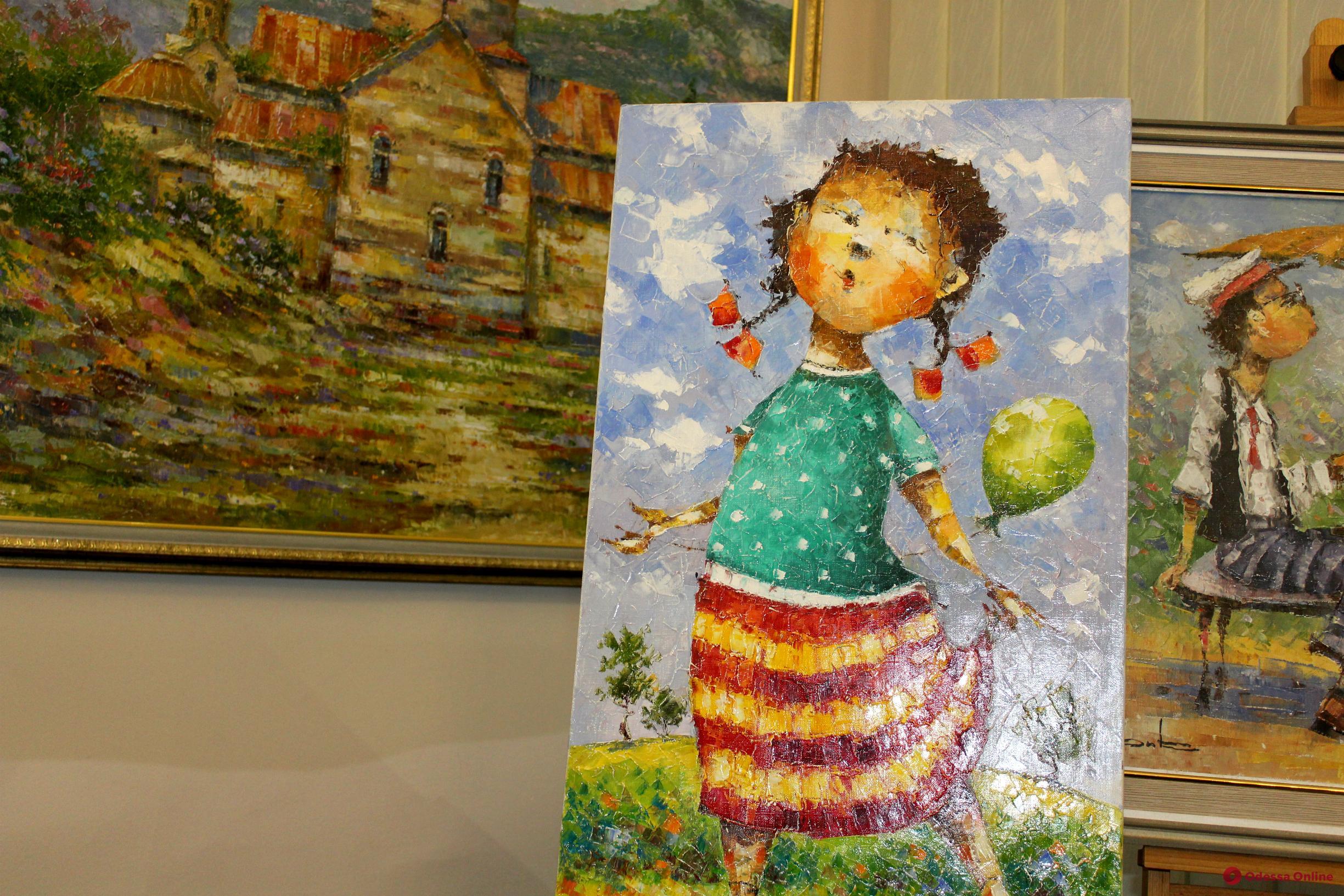 Яркий тандем: в Одессе открылась выставка Овика Зограбяна и Дениса Салтицкого